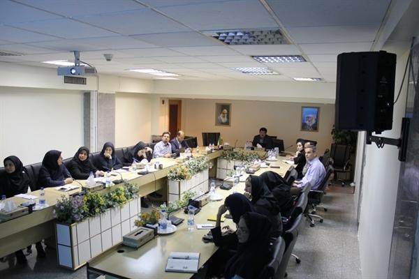 برگزاری نشست آموزشی میراثناملموس برای کارشناسان طب سنتی
